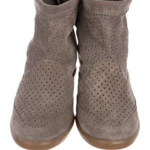 Isabel Marant Taupe Beslay Suede, EUC, Size 6,